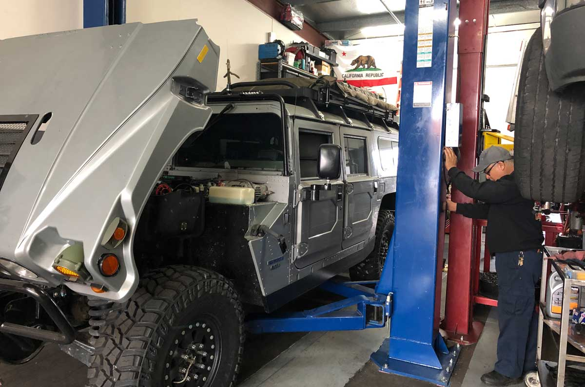 Chevo's Certified Auto Diagnostic & Repair: Hummer service and repair